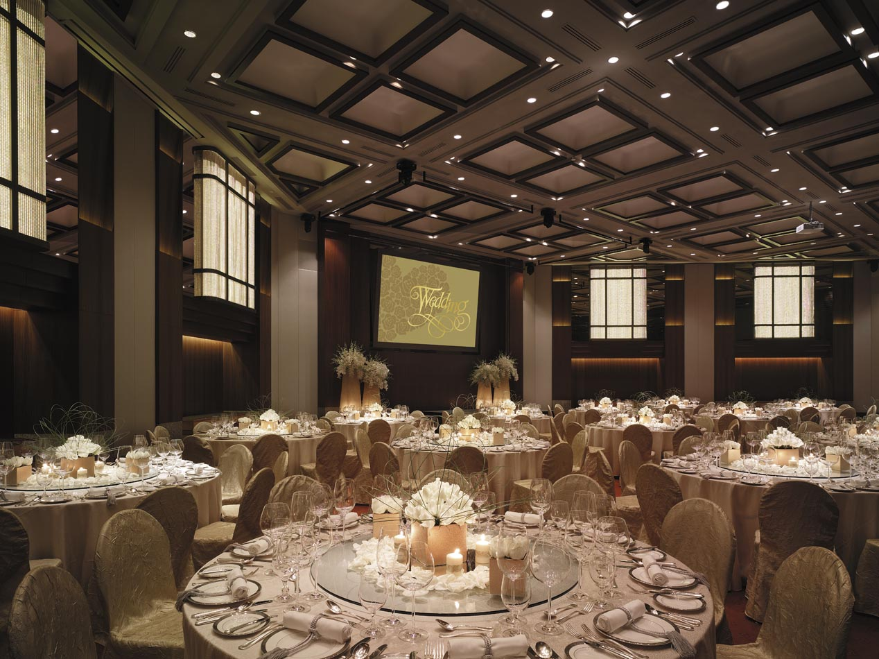 31m025h - Shangri-La Ballroom - Western Style Wedding Set-up