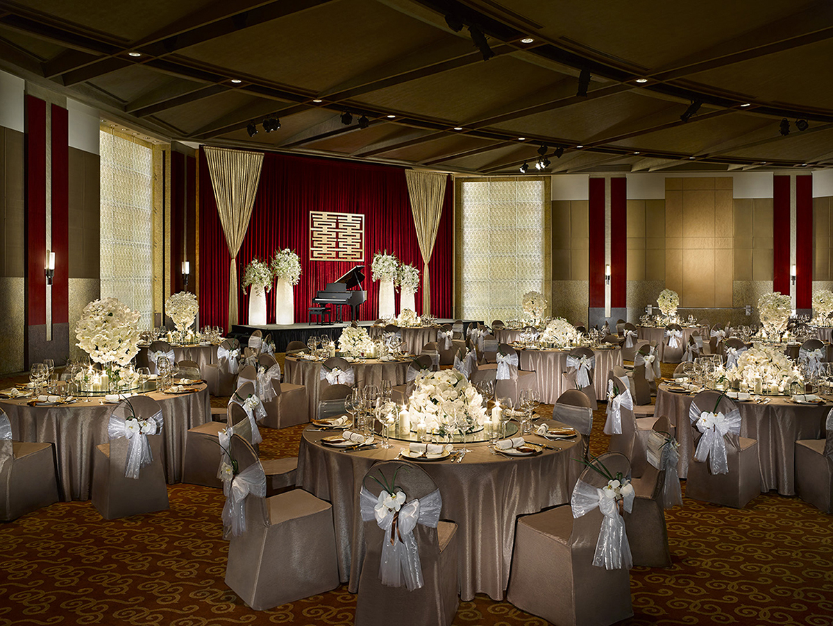 Ballroom Wedding Setup with Candles-Shangri-La, Taipei