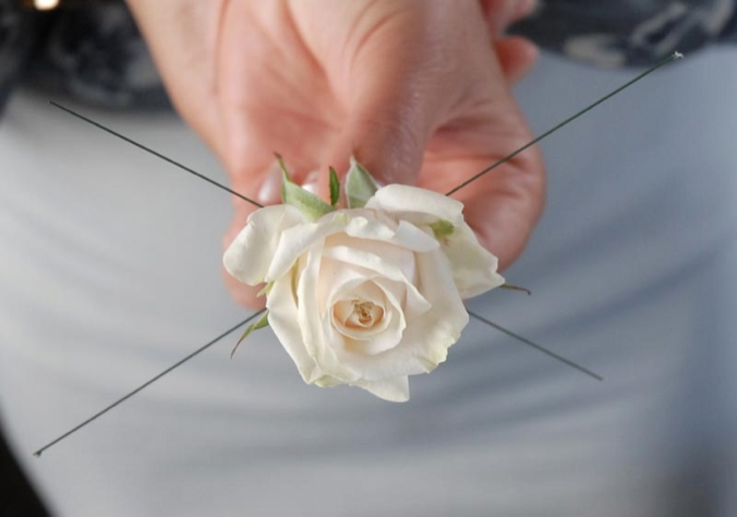 how-to-make-a-boutonniere-85-20