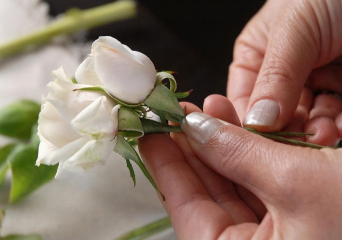 how-to-make-a-boutonniere-86-21