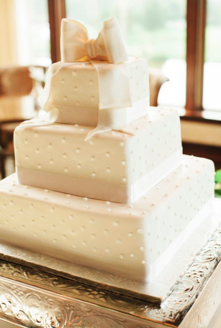 wedding-cakes-12-08312016-km-1