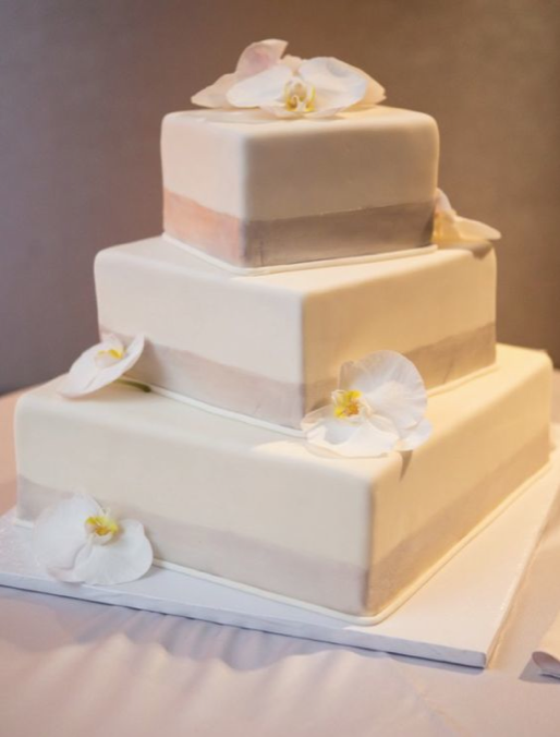wedding-cakes-3-09092016-km-1
