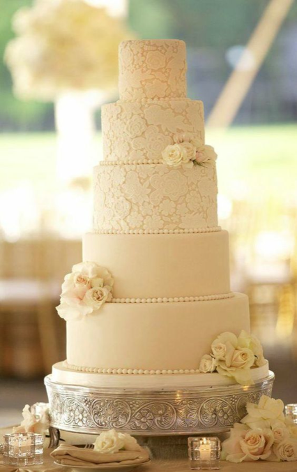 wedding-cakes-8-08302016-km-1