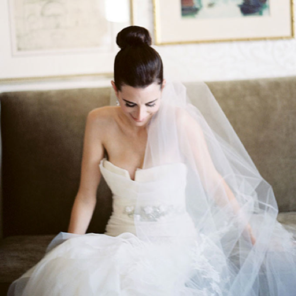 veil-wedding-hairstyles-high-bun-38-38-38