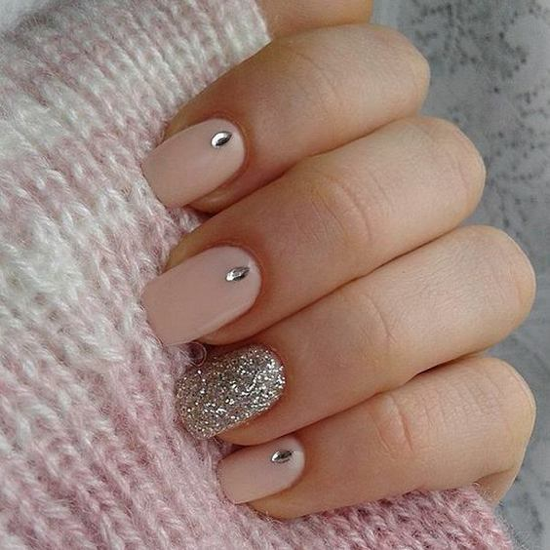 nude-glitter-wedding-nails-for-brides-19-20