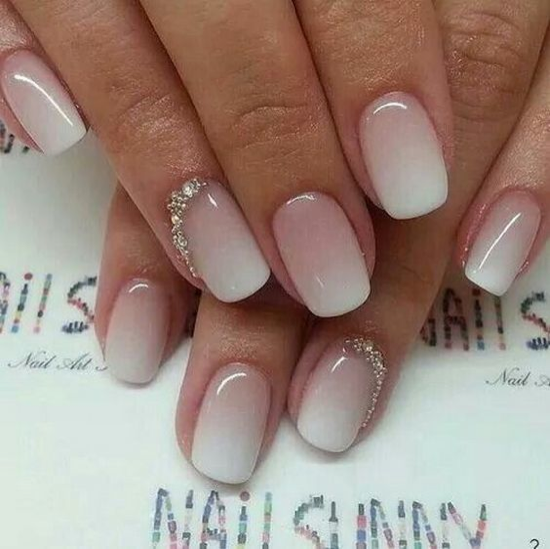nude-glitter-wedding-nails-for-brides-2-13
