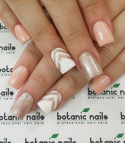 nude-glitter-wedding-nails-for-brides-39-27