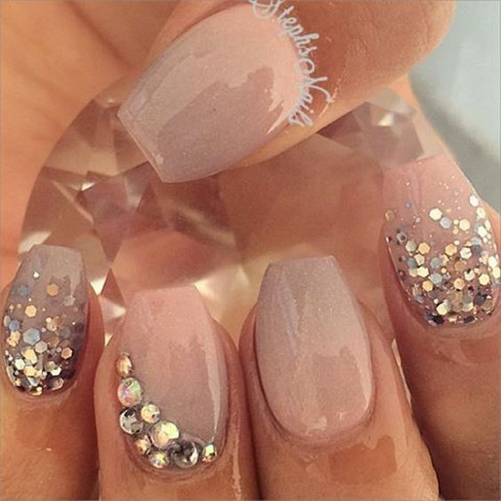 nude-glitter-wedding-nails-for-brides-43-30