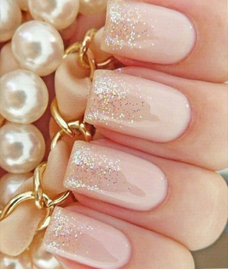 nude-glitter-wedding-nails-for-brides-5-14
