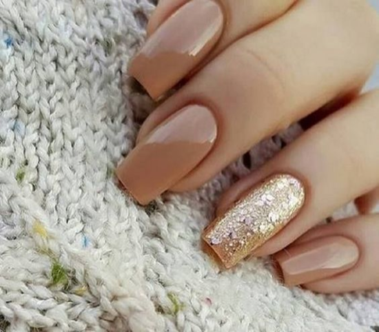 nude-glitter-wedding-nails-for-brides-53-39