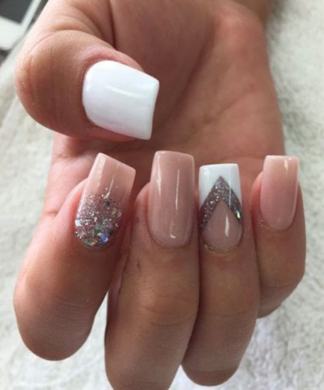 nude-glitter-wedding-nails-for-brides-65-50