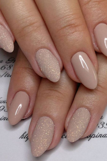 nude-glitter-wedding-nails-for-brides-8-15