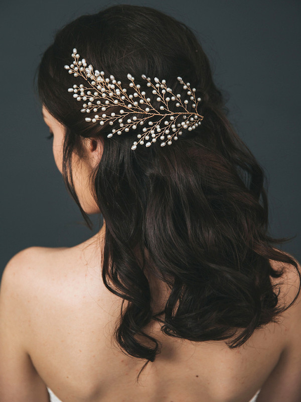 gold-freshwater-pearl-bridal-statement-headpiece-feather-4