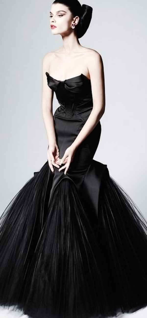 striking-halloween-wedding-dresses-17
