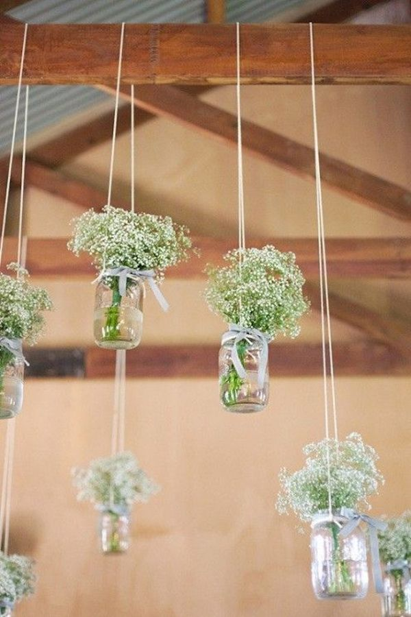 babys-breath-flowers-as-hanging-decor