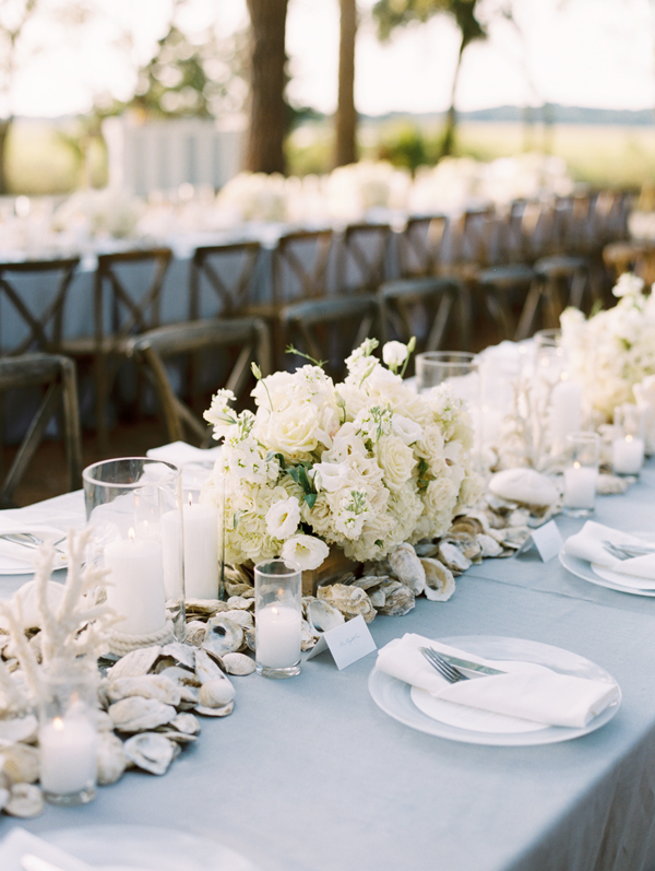 southern-wedding-white-centerpiece