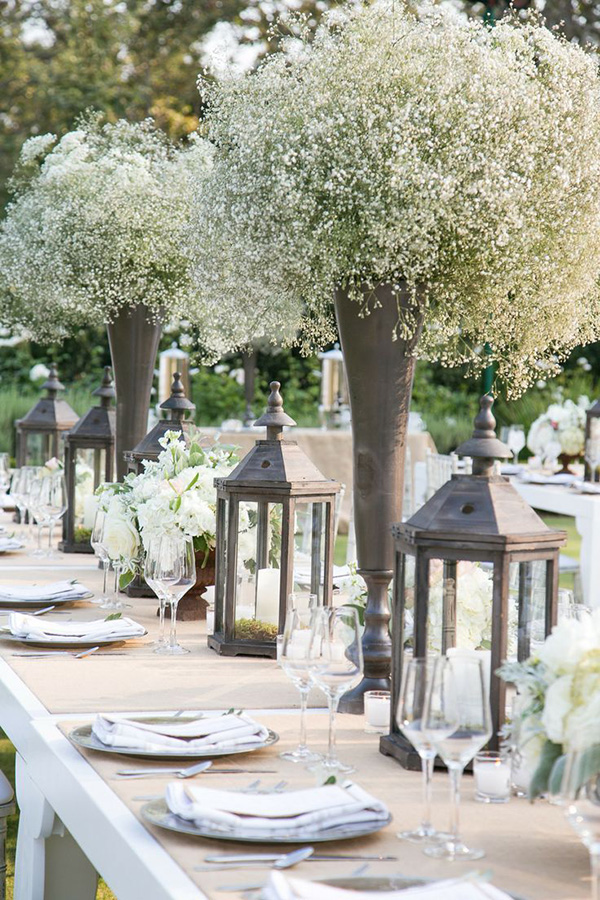 whimsical-babys-breath-wedding-centerpieces-ideas
