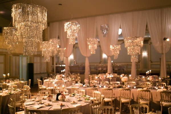 Modern-Reception-with-Chandeliers-600x400