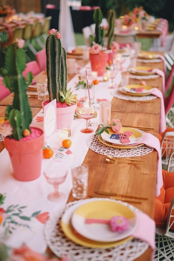 bohemian-cactus-wedding-table-decor