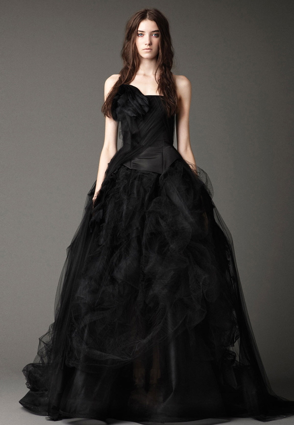 Vera-Wang-Black-Tulle-Wedding-Gown