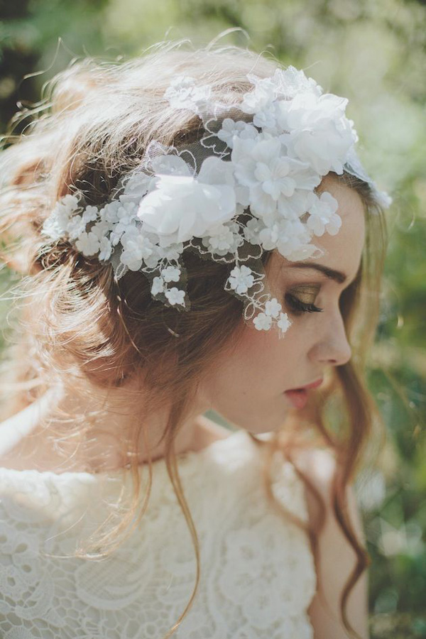 beautiful-floral-and-lace-bridal-hairpiece-for-bohemian-weddings-