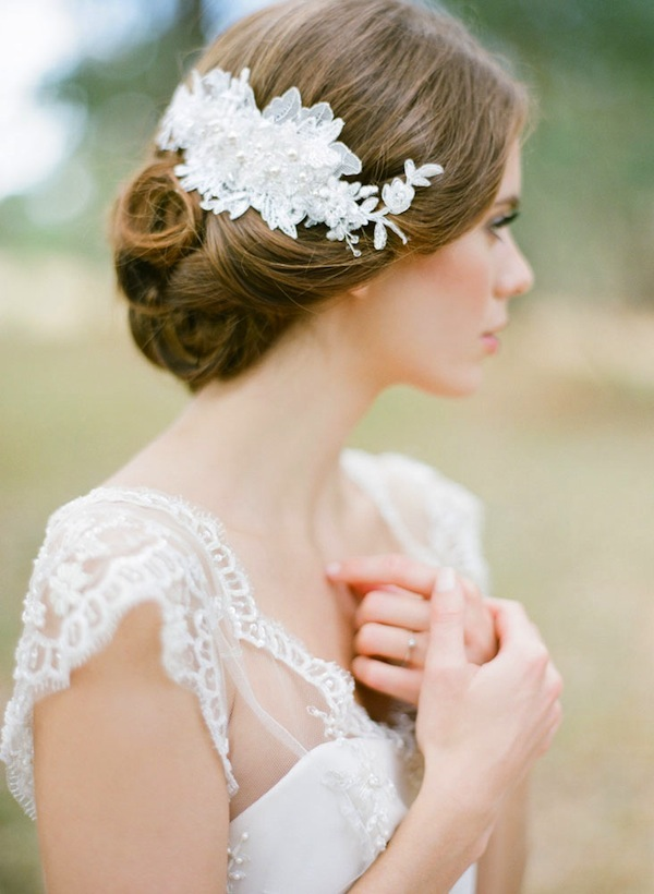 lace-hair-comb-for-vintage-and-rustic-weddings